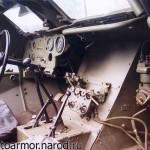 Место водителя и приборная доска бронетранспортёра БТР-40.