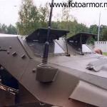 Антенный вывод и бронеровка ветрового стекла бронетранспортёра БТР-40.